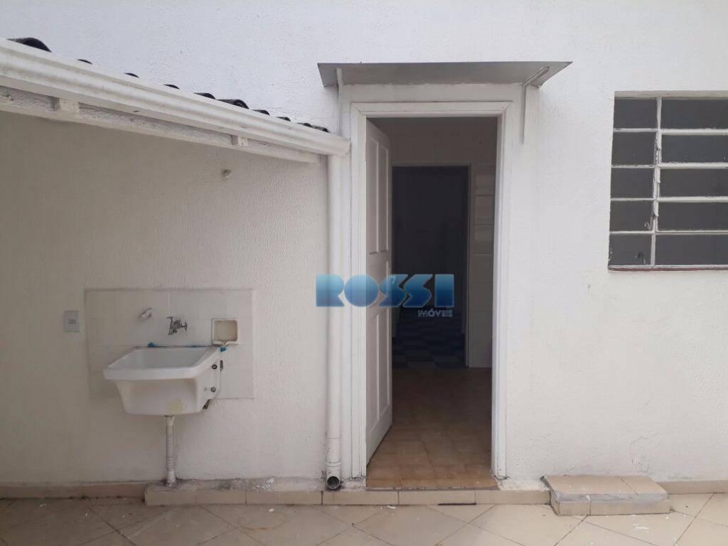 assobradado para locação - mooca02 dormitórios, sala, cozinha, banheiro, área de serviço, quintal pequeno.amplas dependências, água...