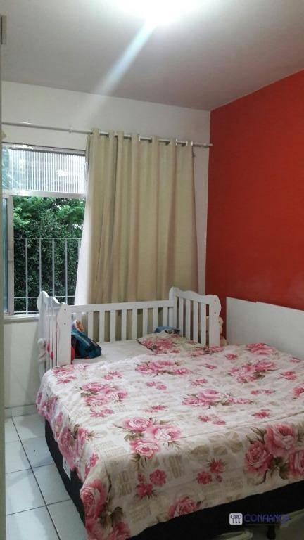 Apartamento com 2 dormitórios à venda, 60 m² por R$ 260.000 - Vila Valqueire - Rio de Janeiro/RJ