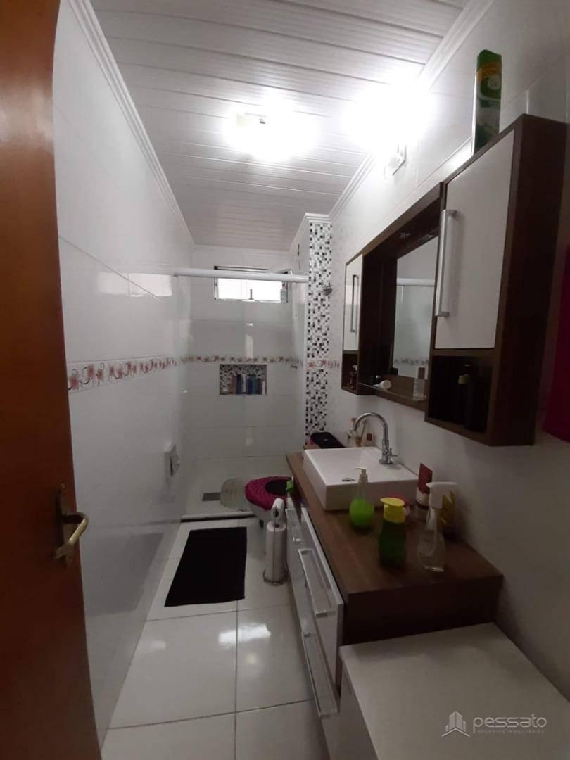 apartamento 2 dormitórios em Esteio, no bairro Centro