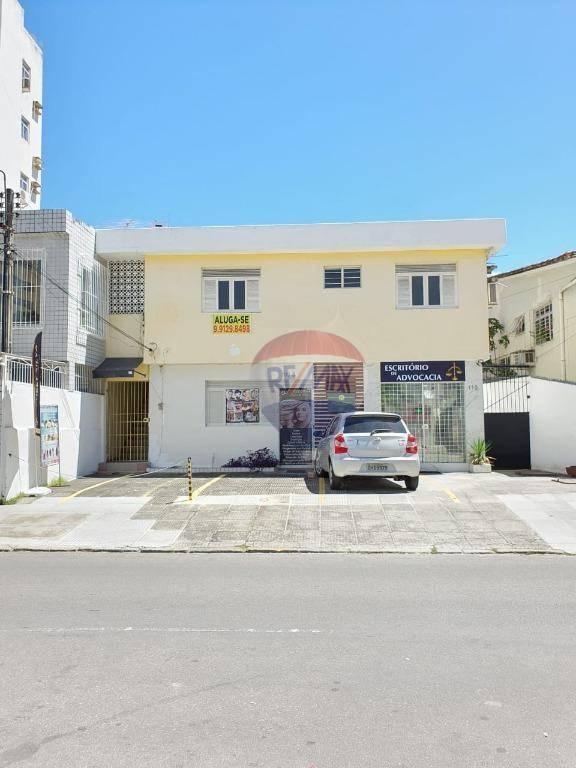 Casa comercial em localização privilegiada em Boa viagem, próximo ao mar hotel, ótima oportunidade para o seu negócio!