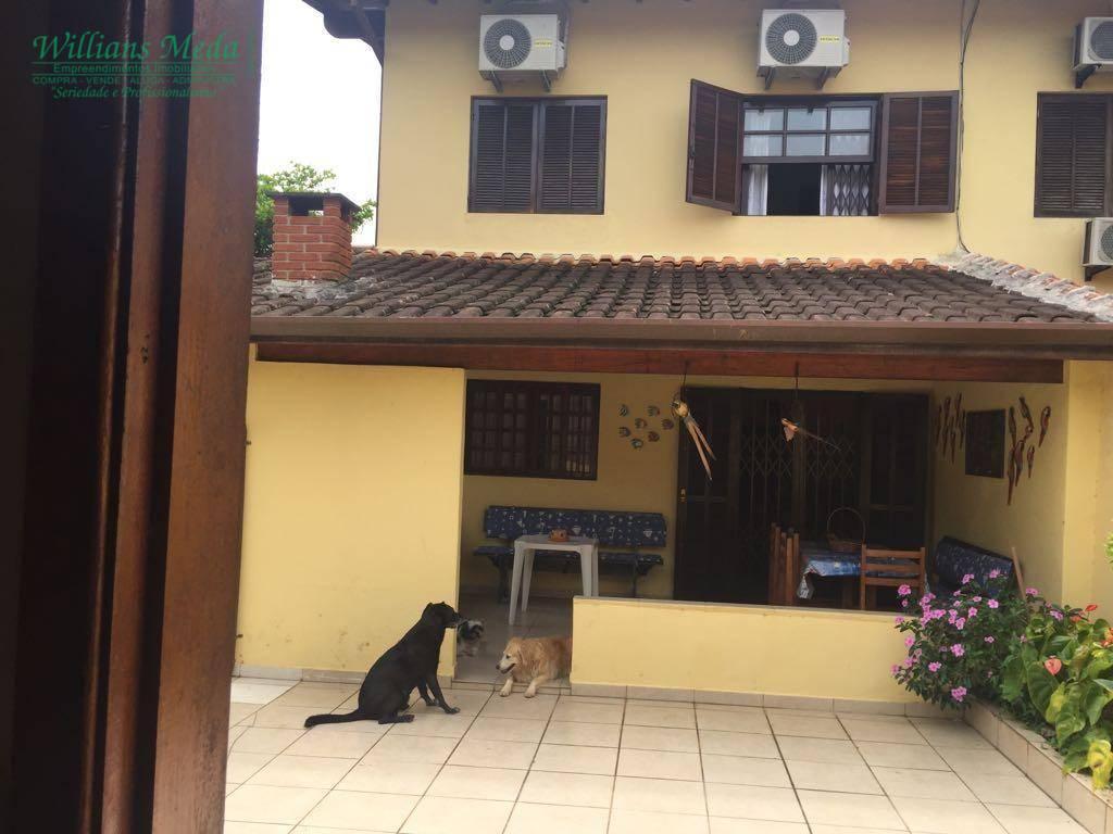 OPORTUNIDADE! Sobrado residencial à venda, 4 suítes, 4 vagas. Maitinga, Bertioga.