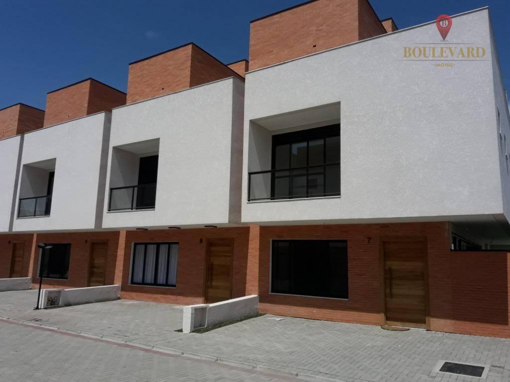 Sobrado/Casa em Condomínio vende 3 Suites 2 Vagas no Atuba