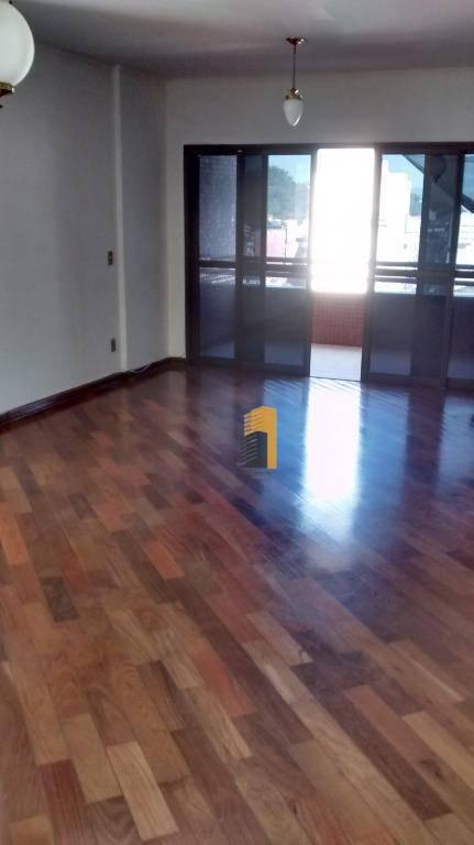 Apartamento com 3 dormitórios à venda por R$ 650.000 - Centro - Itajubá/MG
