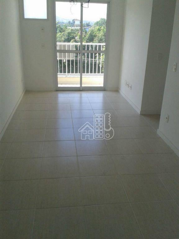 Apartamento com 3 dormitórios à venda, 60 m² por R$ 330.000 - Maria Paula - São Gonçalo/RJ