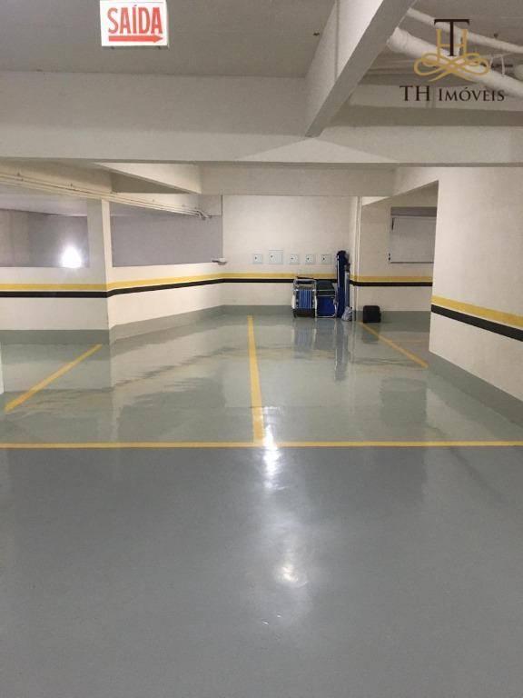 OPORTUNIDADE -AMPLO APARTAMENTO SEMI MOBILIADO COM 3  DORMITÓRIOS - 1 SUÍTE MAIS 2 DEMI SUÍTES - 140 m² - CENTRO DE BALNEÁRIO CAMBORIÚ/SC - R$880.000,