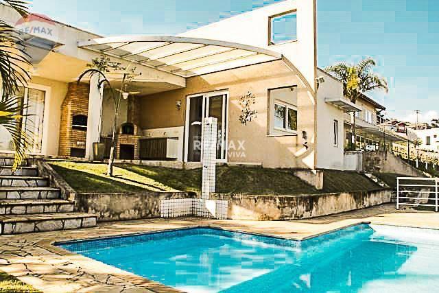 Casa à Venda em Atibaia SP - Condomínio Serra da Estrela