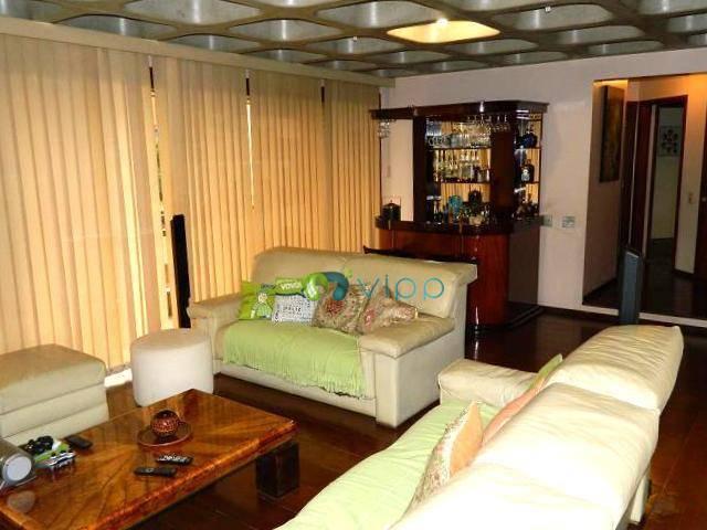 Lindo apartamento, amplo espaço (250m²), varanda gourmet, suítes, lazer completo, em frente à Av. 9 de julho, Centro, Jundiaí.