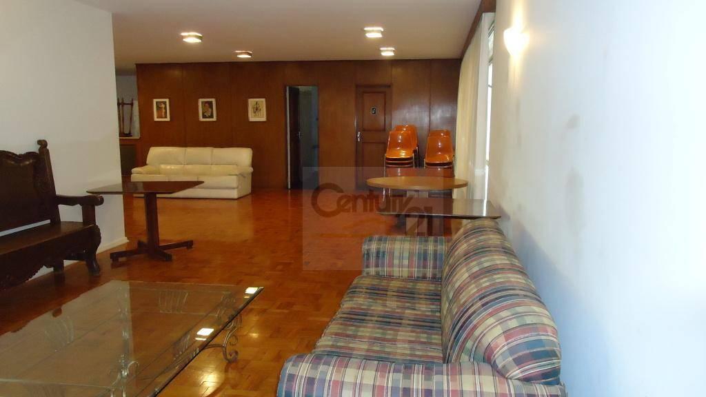 apartamento com lavabo, sala ampla com janelões do teto ao chão, 3 dormitórios sendo 1 suíte...