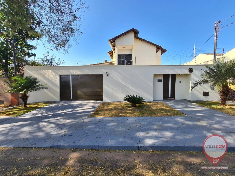 Sobrado com 3 dormitórios para alugar, 200 m² por R$ 3.000/mês - Parque Anhangüera - Goiânia/GO