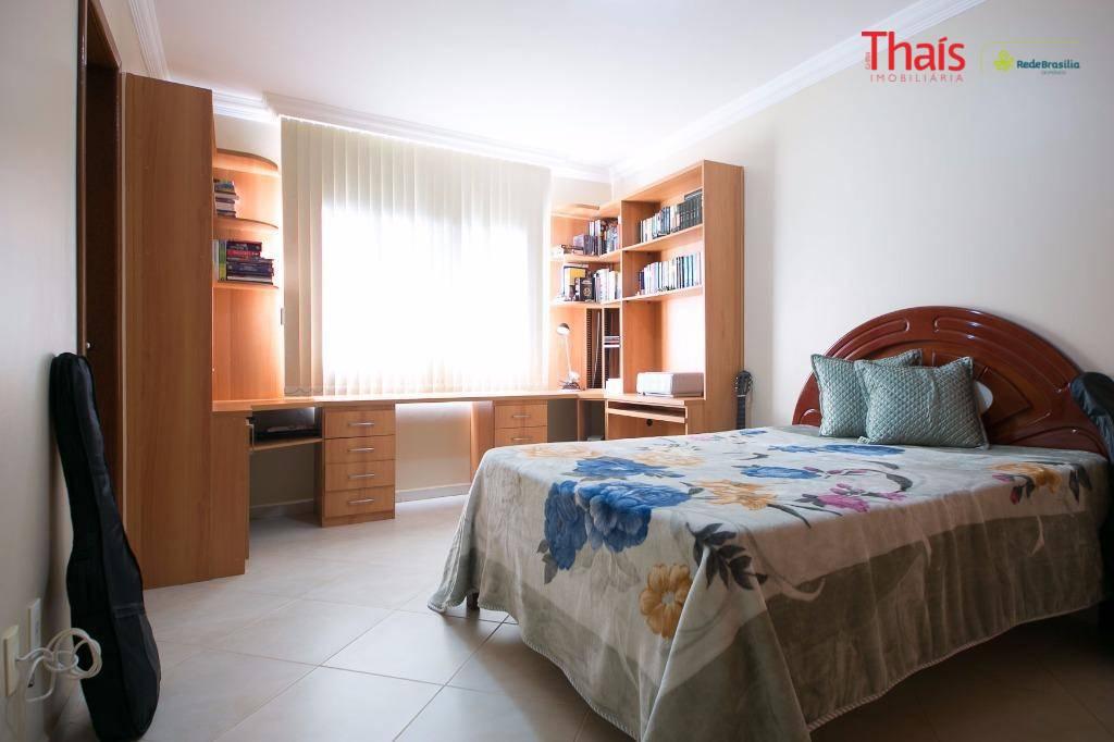 Casa de 8 dormitórios à venda em Vila Planalto, Brasília - DF