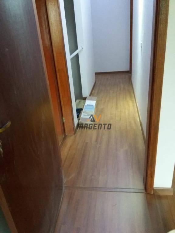 Sobrado com 4 dormitórios à venda por R$ 530.000 - Jardim La Salle - Toledo/PR
