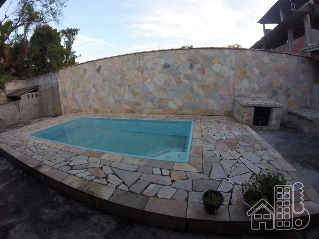 Casa com piscina São Gonçalo