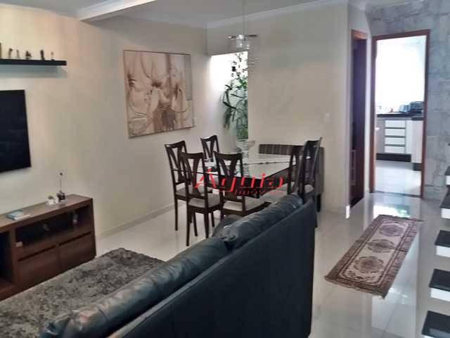 Sobrado com 3 dormitórios à venda, 198 m² por R$ 850.000 - Vila Camilópolis - Santo André/SP