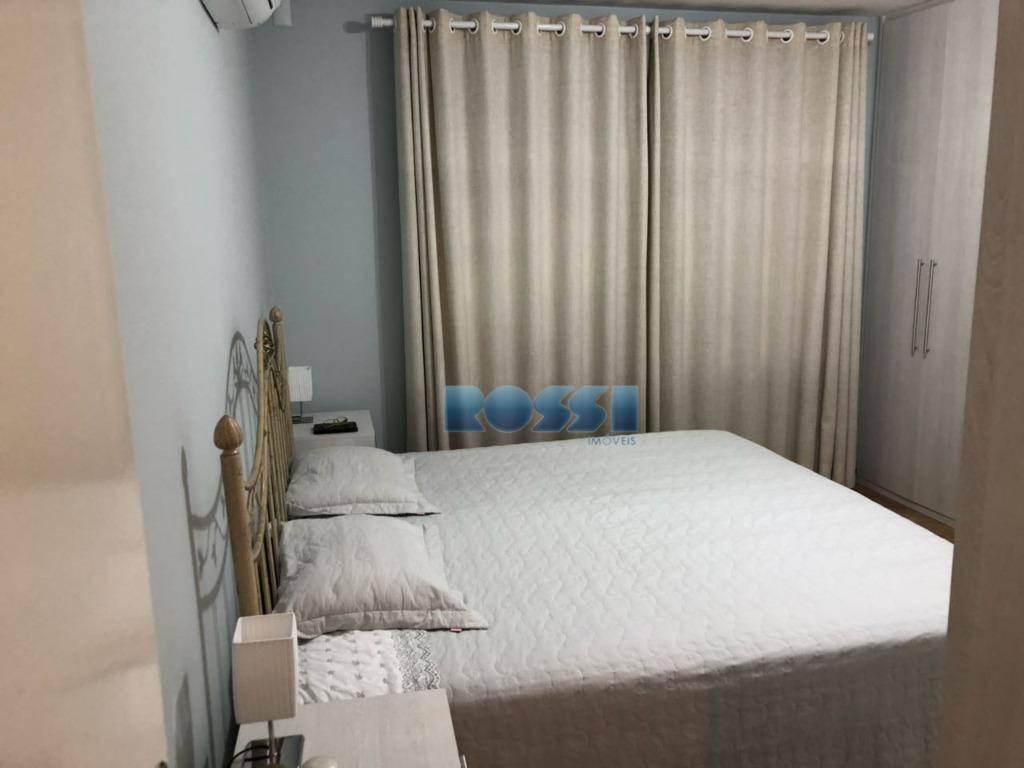 ótimo sobrado reformado no parque da mooca.3 dormitórios, sendo 2 suítes com armários embutidos. 4 wcs.sala...