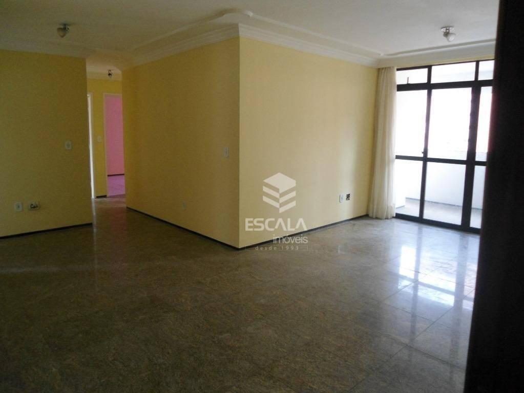 Apartamento 3 quartos para locação no Meireles,  a 400 metros da Beira Mar,124m2, 3 suítes, 2 vagas