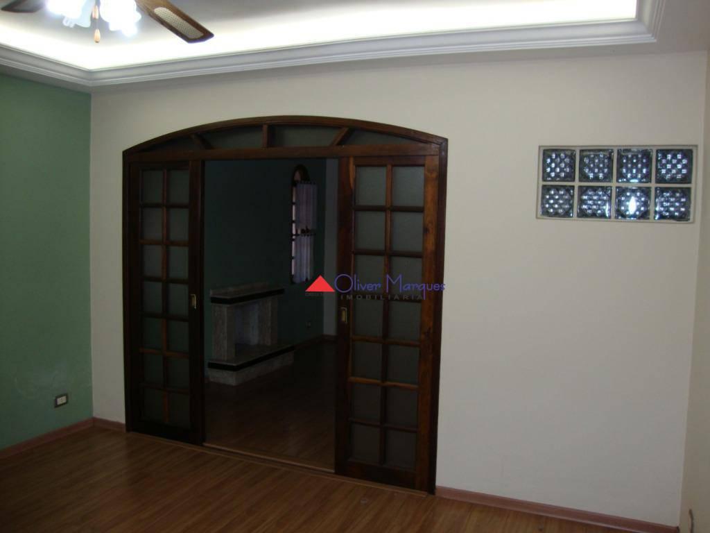 Casa com 3 dormitórios para alugar, 230 m² por R$ 4.500/mês - Presidente Altino - Osasco/SP