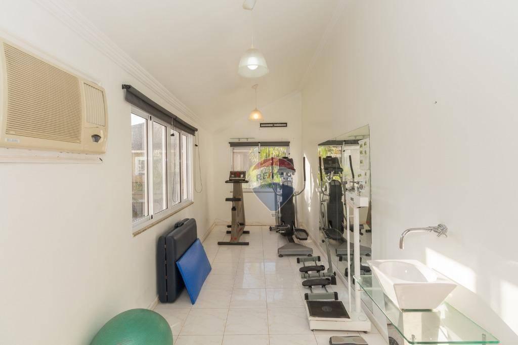 Casa para Venda e aluguel 788 m²  com 5 quartos