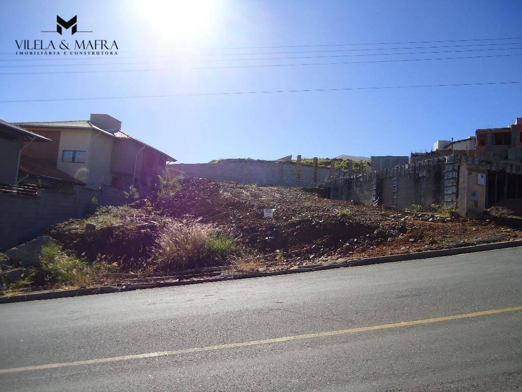 excelente terreno com 441,64 m² com 18,30 metros de frente para a av. lisboa.documentação ok!