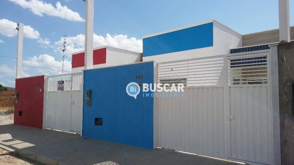 Casa com 2 dormitórios à venda, 75 m² por R$ 145.000 - Mangabeira - Feira de Santana/BA