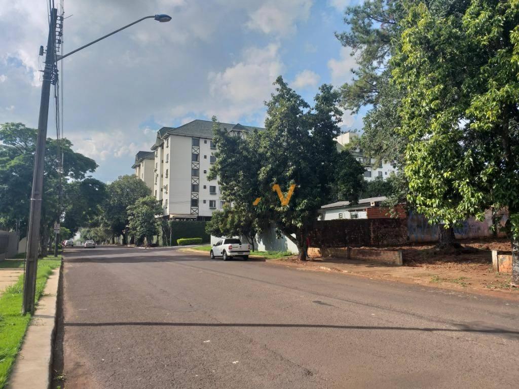Terreno à venda, 932 m² por R$ 1.490.000 - Centro - Cascavel/PR