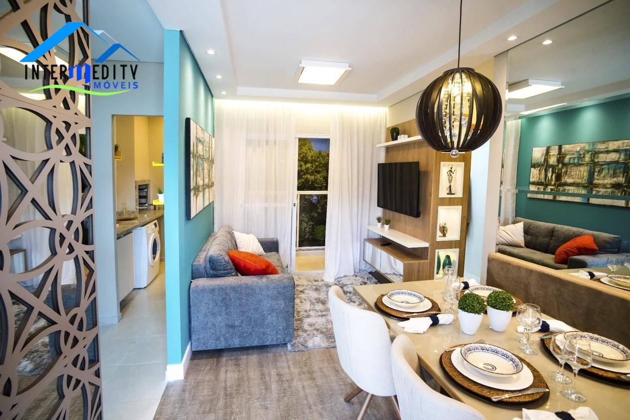 Apartamento com 2 dormitórios à venda por R$ 145.000 - Loteamento Itaboa - Campo Largo/PR
