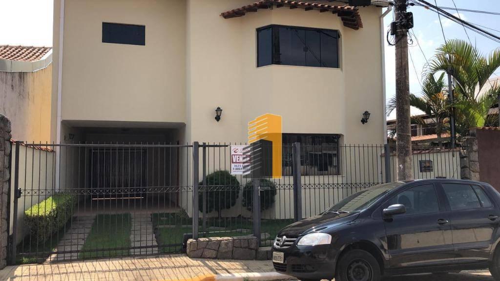 Sobrado com 3 dormitórios à venda, 197 m² por R$ 0 - Centro - Piranguinho/MG