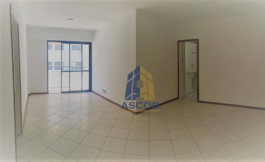 Apartamento com 3 dormitórios para alugar, 107 m² por R$ 2.800,00/mês - Centro - Florianópolis/SC