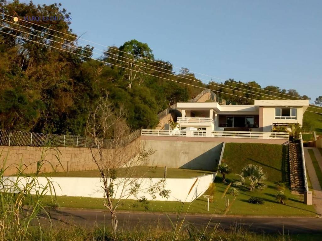casa residencial de alto padrão, com 2.000 m² de área terreno e 500 m² de área...