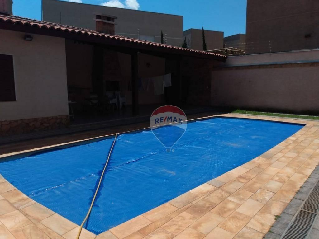 Casa com 4 dormitórios para alugar, 380 m² por R$ 10.000,00/mês - Morumbi - Atibaia/SP