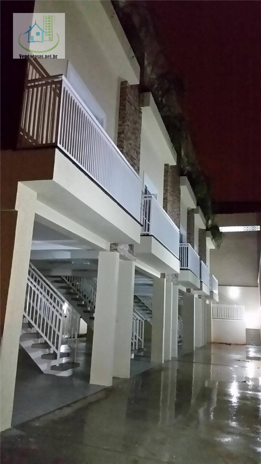 Village de 3 dormitórios à venda em Jardim Oriental, São Paulo - SP