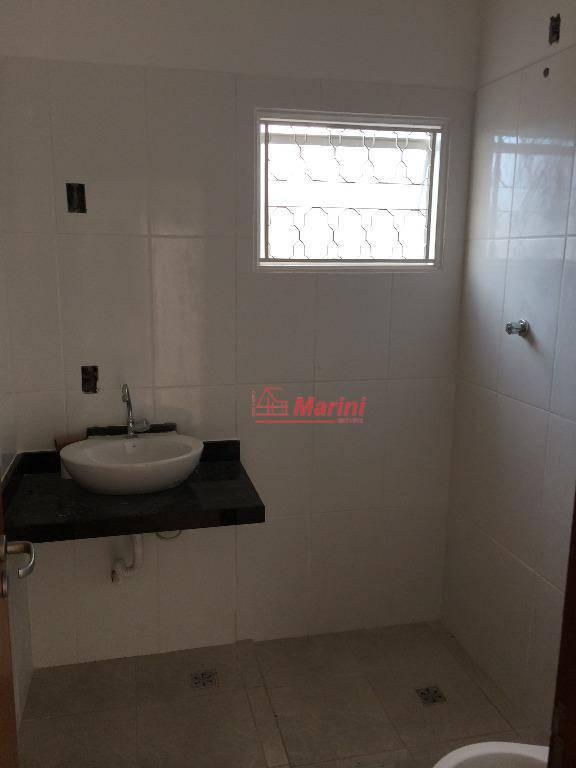 área construída: 88 m2.3 dormitórios, 1 suíte, 1 banheiro, sala 2 ambientes, área de luz, cozinha,...