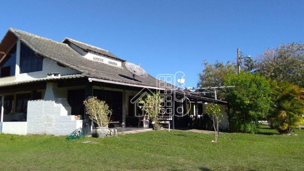 Casa com 3 dormitórios à venda, 159 m² por R$ 138.000,00 - Bananeiras - Araruama/RJ