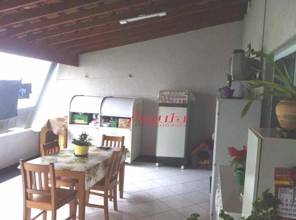 Casa com 3 dormitórios à venda, 210 m² por R$ 850.000 - Vila Metalúrgica - Santo André/SP