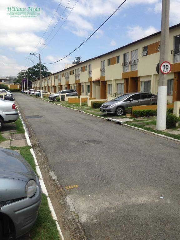 Sobrado com 2 dormitórios à venda, 65 m² por R$ 330.000