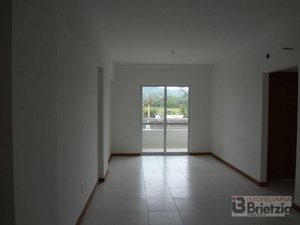 Apartamento com 2 Dormitórios para alugar, 105 m² por R$ 1.250,00