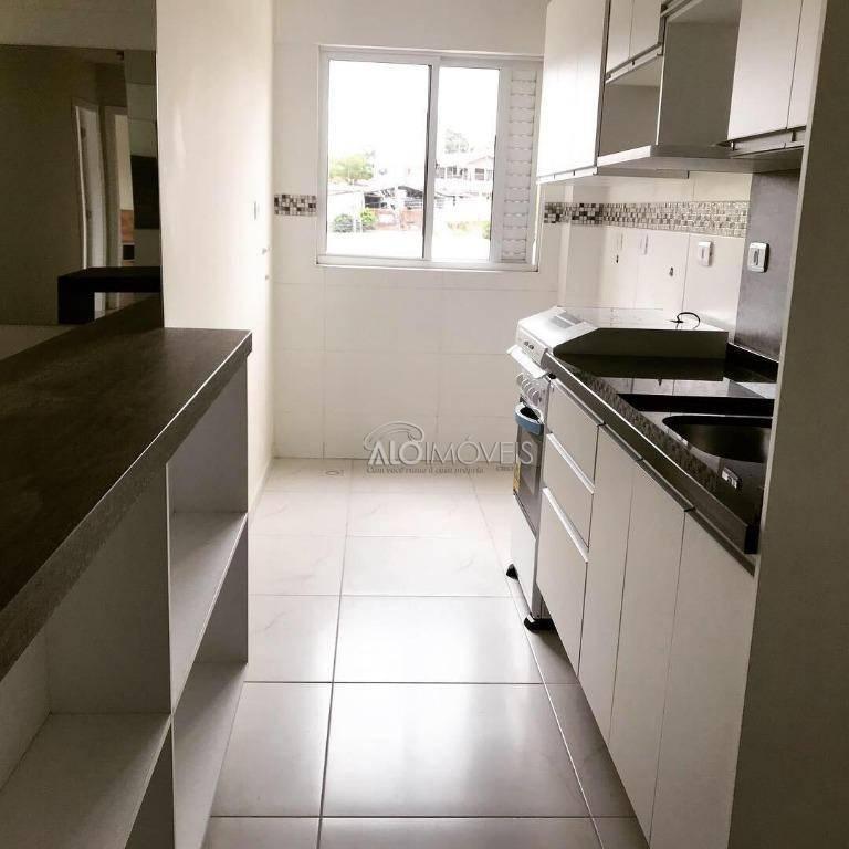 Bairro Pinheirinho - Apartamento com 2 dormitórios na Rua Emanoel Voluz