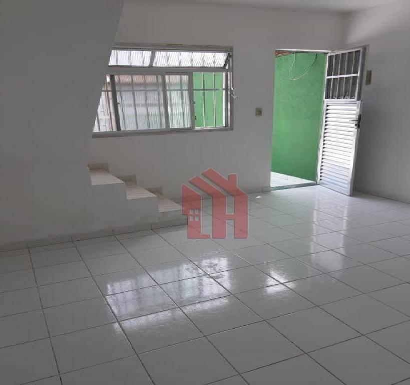 Sobrado na Nova Miirim,Praia Grande, 2 dormitórios, 2 banheiros, 1 vaga
