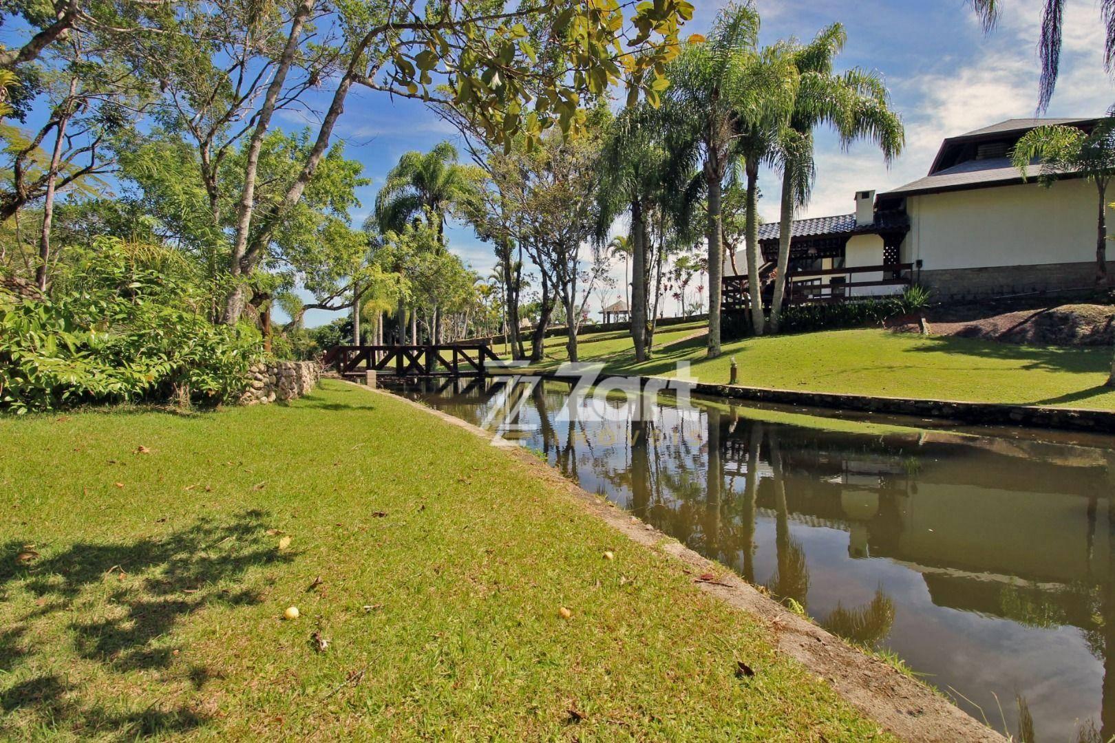 Terreno/Lote à venda, 651 m² por R$ 560.000,00