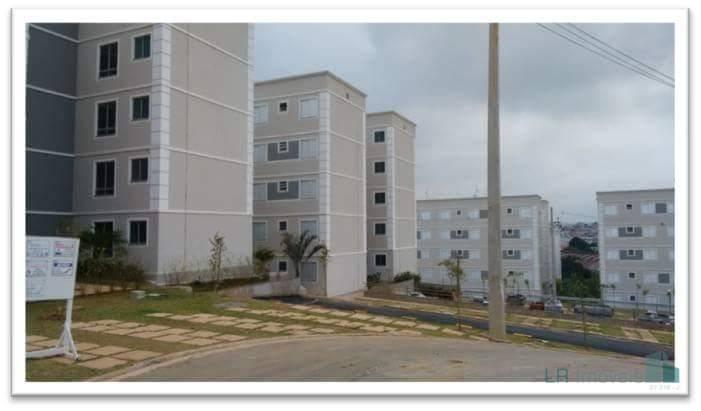 Apartamento com 2 dormitórios para alugar, 51 m² por R$ 710,00/mês - Vila Alzira - Guarulhos/SP