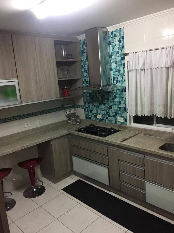 Sobrado Triplex em condomínio fechado à venda! 172 m², Vila Flórida, São Bernardo do Campo.