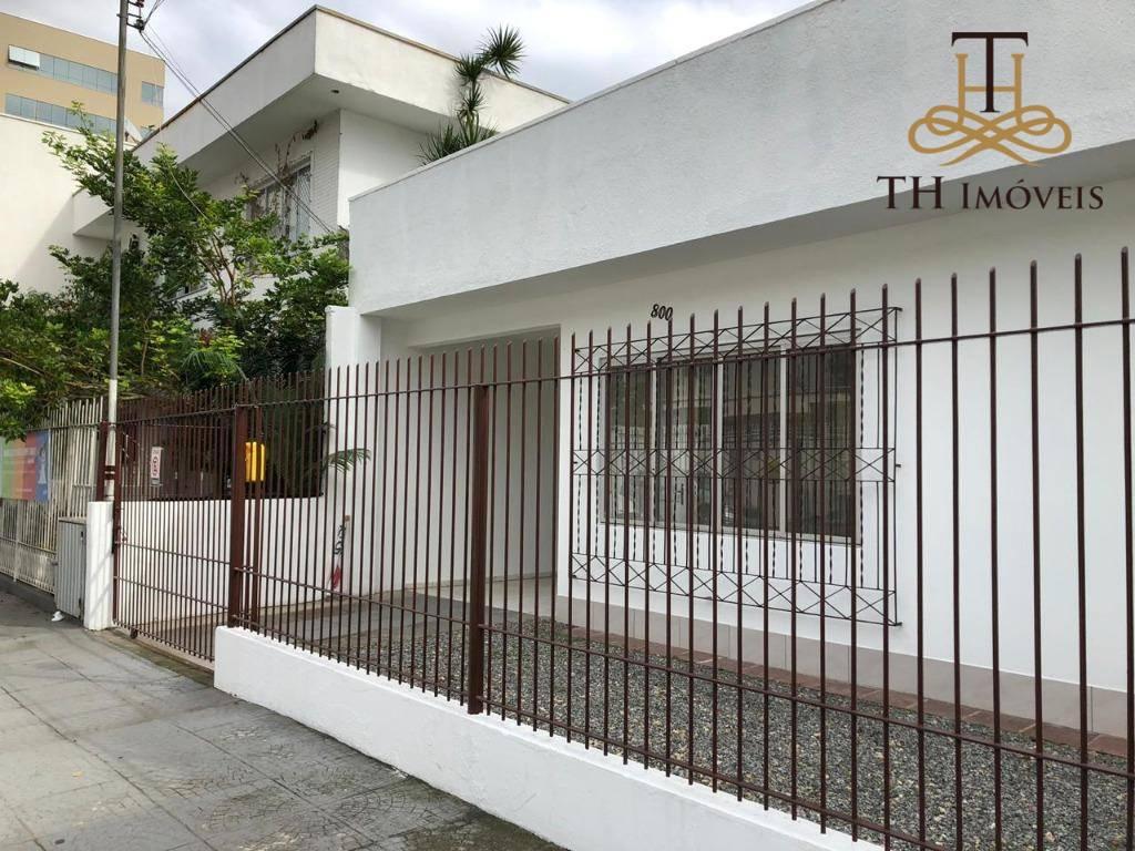 LOCAÇÃO DE CASA COMERCIAL, NO CENTRO DE BALNEÁRIO CAMBORIÚ - RUA 700, CENTRO BALNEÁRIO CAMBORIÚ - R$3.000,00