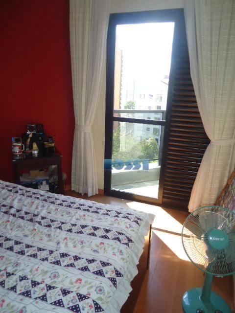 excelente apartamento parque da mooca.alto padrão.localização nobre em praça arborizada e tranquila.04 dormitórios repleto de armários,...