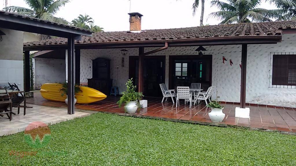 Casa  residencial para venda e locação, Balneário Praia do Pernambuco, Guarujá.