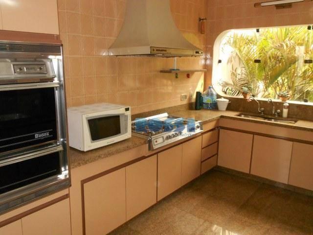 belo assobradado com 417 m² de área construída e 550 m² de terreno (11x50) com 3...