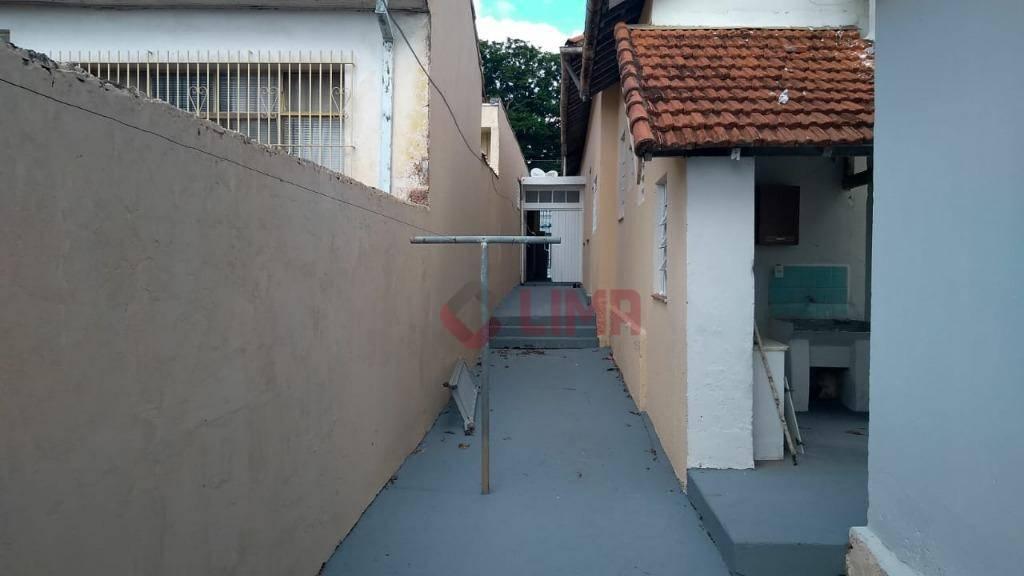Casa com 3 dormitórios para alugar por R$ 1.200/mês - Centro - Bauru/SP