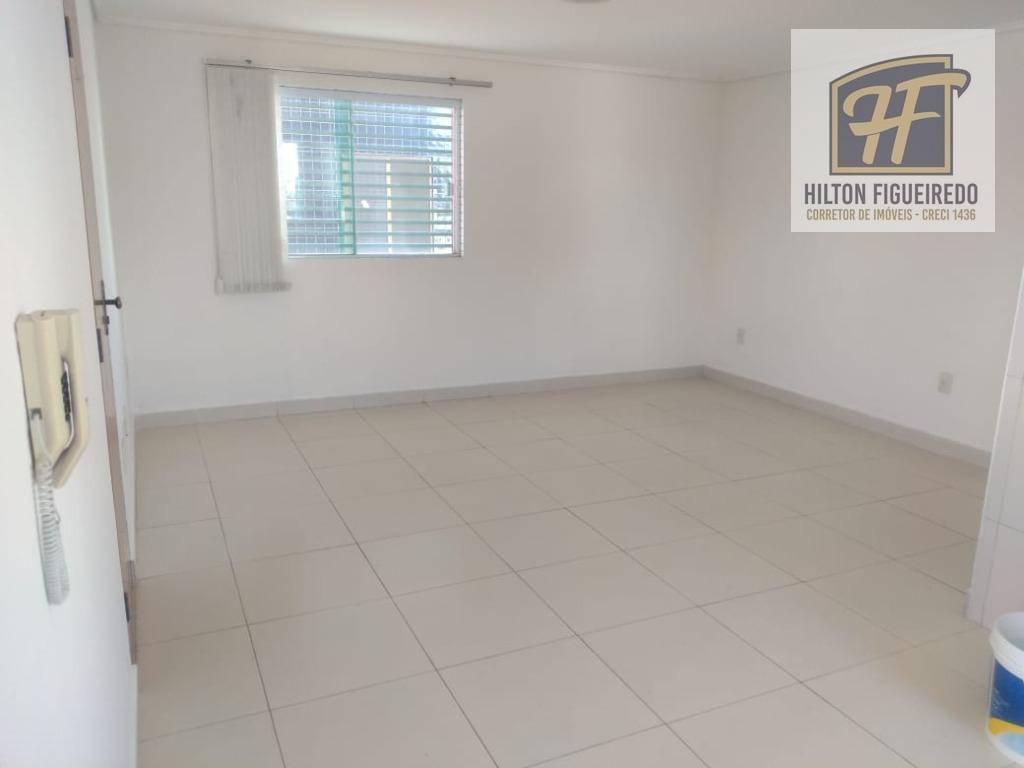 Kitnet com 1 dormitório para alugar, 22 m² por R$ 700/mês - Bessa - João Pessoa/PB
