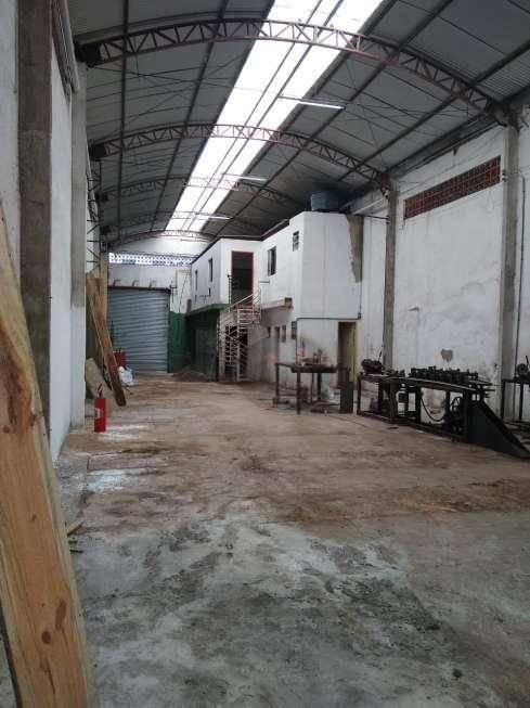 Galpão para alugar, 320 m² por R$ 5.000,00/mês - Vila Nova - Santos/SP