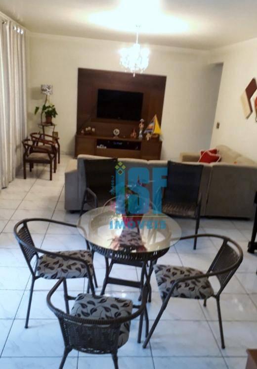 Sobrado com 4 dormitórios à venda, 300 m² por R$ 1.010.640 - Ayrosa - Osasco/SP - SO4729.