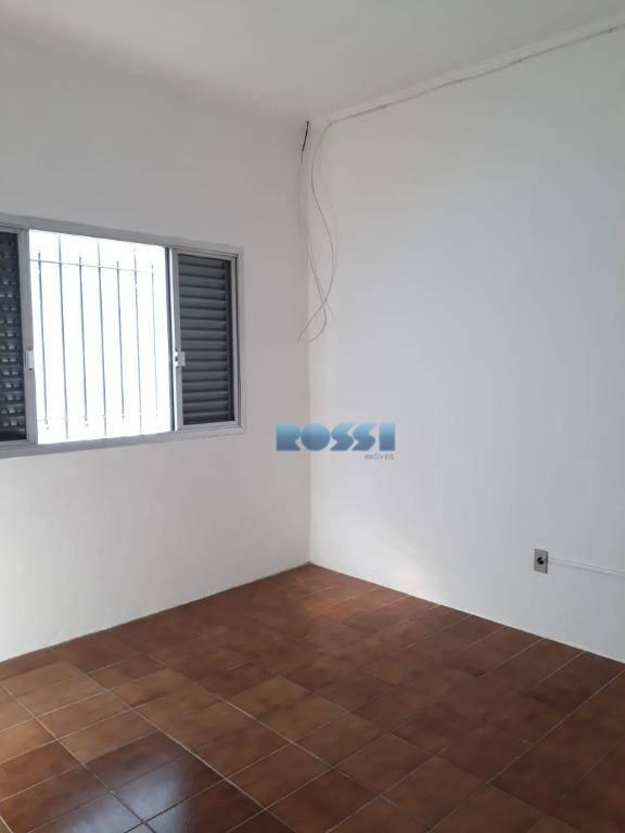 casa 120 m² - vila prudente02 dormitórios, sala dois ambientes, banheiro com armário e box, cozinha...