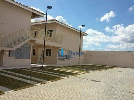 Casa de 2 dormitórios à venda em Villa Branca, Jacareí - SP